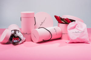 signature shoes packaging